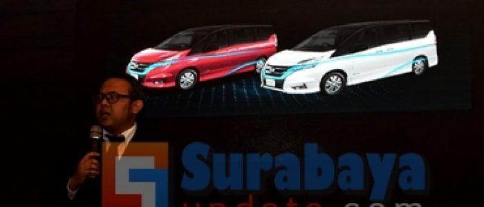 Nissan Hadirkan Dua Mobil Terbarunya Di GIIAS 2019 Surabaya